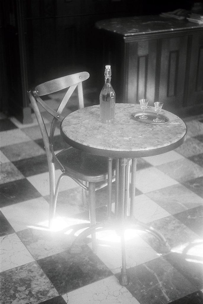 sudek2192-table-carrelage-IMG-013-2-rd900.jpg