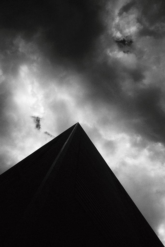 Pyramide-kafkaienne-Photo20-20-2-rd900.jpg