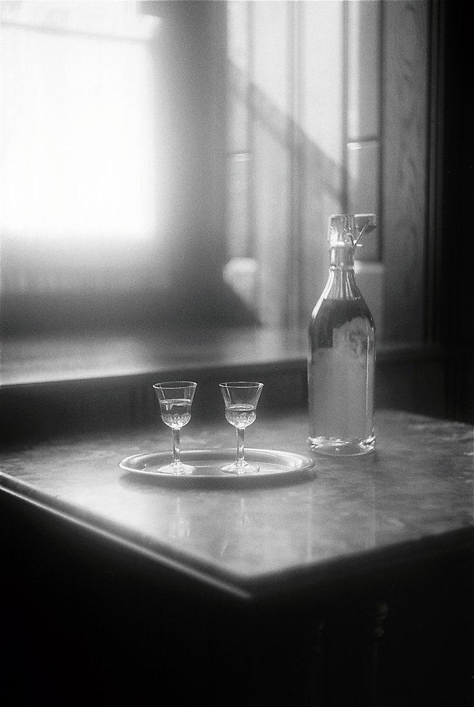 sudek2192-table-duo-verres-bouteille-IMG-018-2-rd900.jpg